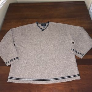 American Eagle Outfitters Lambs Wool sweater
